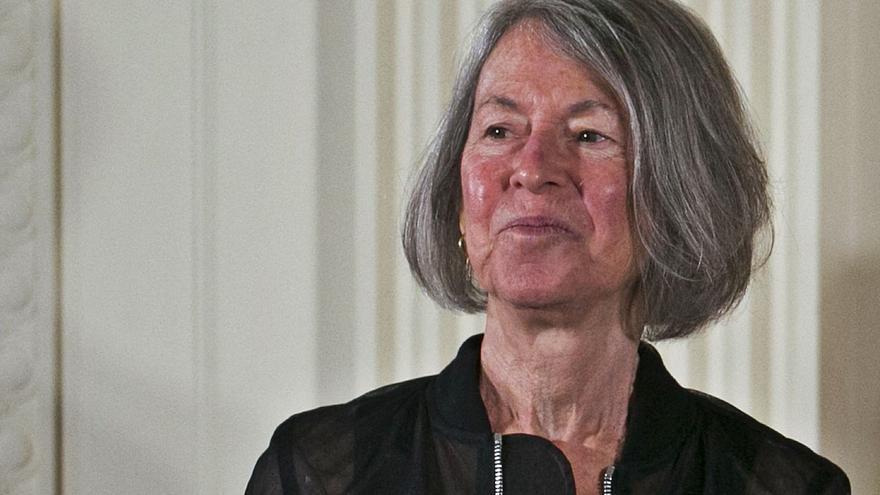 El Nobel premia el verso de Louise Glück