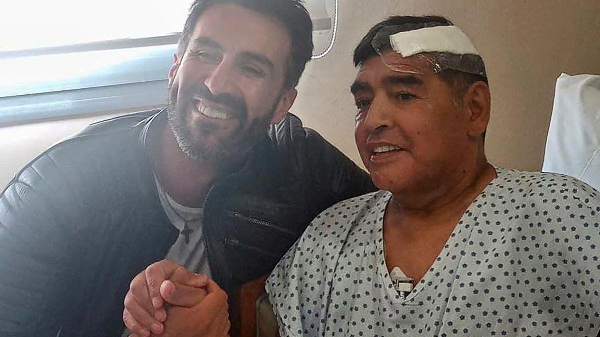 El médico de Maradona falsificó su firma