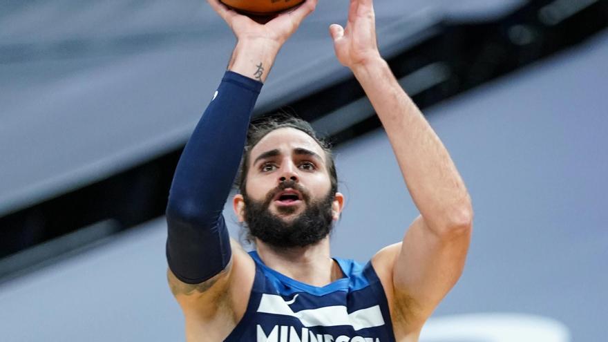 Los Wolves remontan 18 puntos ante los Knicks