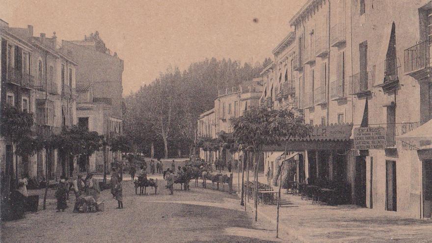 La calle Calderón de la Barca de Orihuela. | A.L. GALIANO