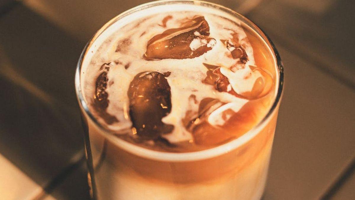 El café frío o con hielo es una de las bebidas más solicitadas en verano