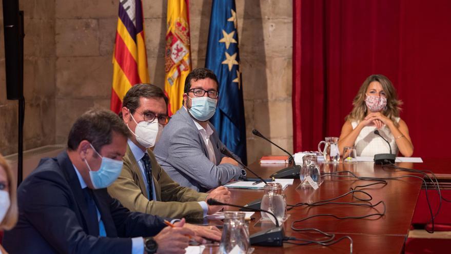El Gobierno prevé convocar un Consejo de Ministros extraordinario para la aprobación de los ERTE