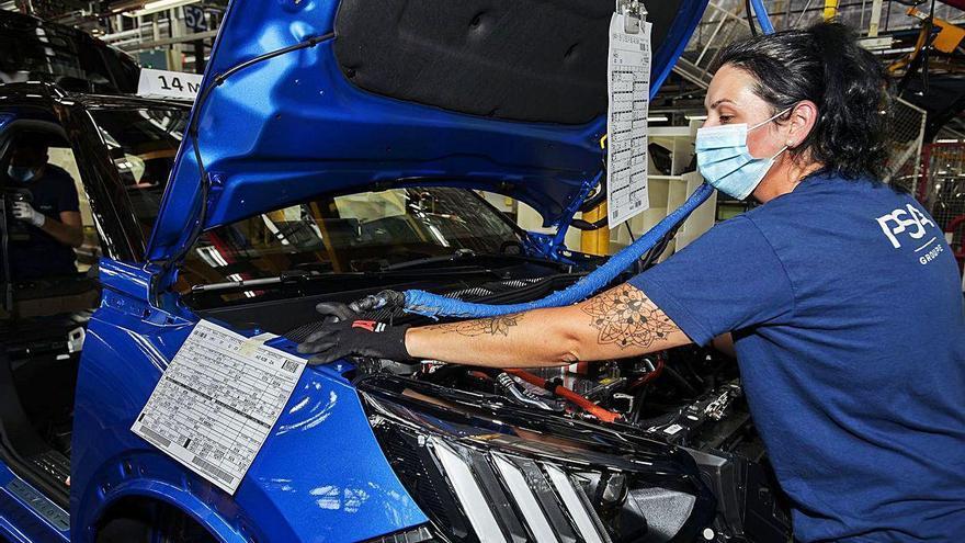 PSA pulveriza su récord mensual de producción y tira del empleo en Galicia