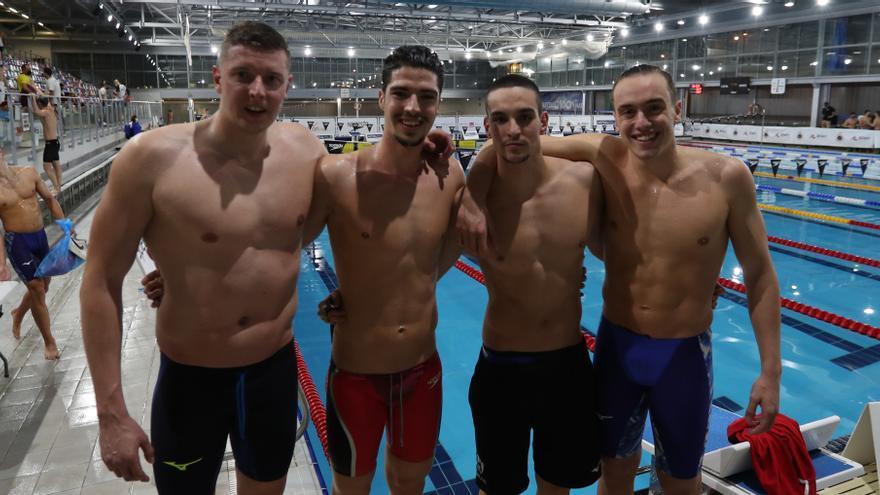 Mulet repite oro y De Celis se suma a los medallistas baleares en el Nacional de natación
