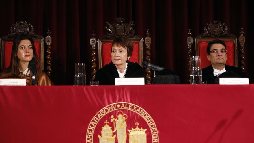 La consellera Carolina Pascual, la rectora Mavi Mestre (UV) y el rector Francisco Mora (UPV).
