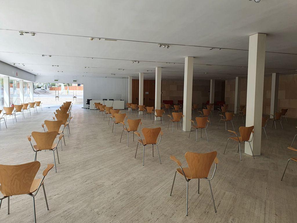 Todo listo para la vacunación masiva en el Palacio de Congresos de Cáceres