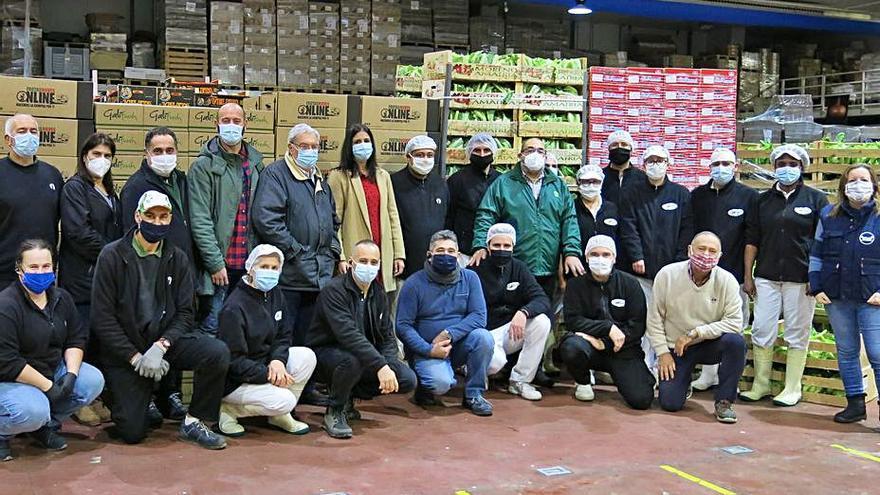 Frutas Nieves dona miles de kilos de uvas y coliflor a ONGs