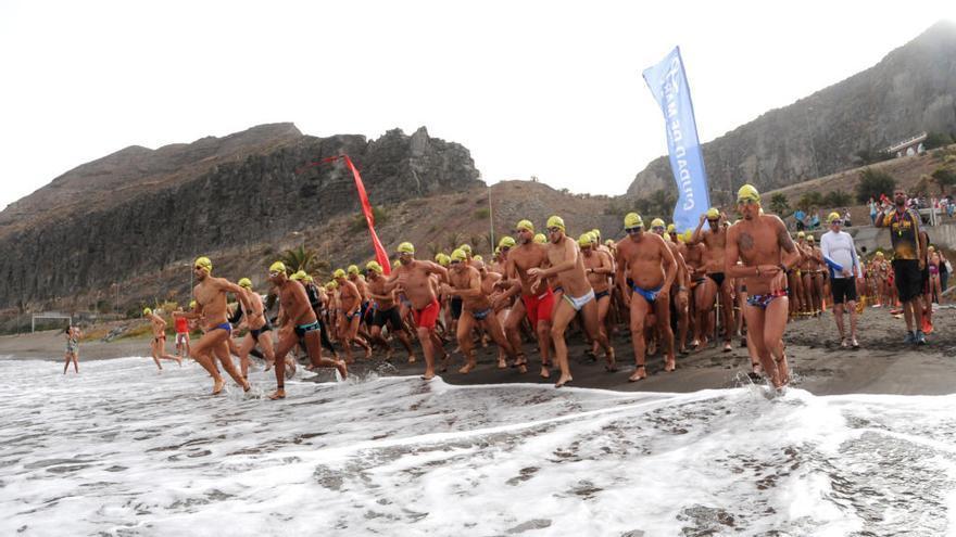 Un total de 260 participan en la Travesía a Nado La Laja-San Cristóbal