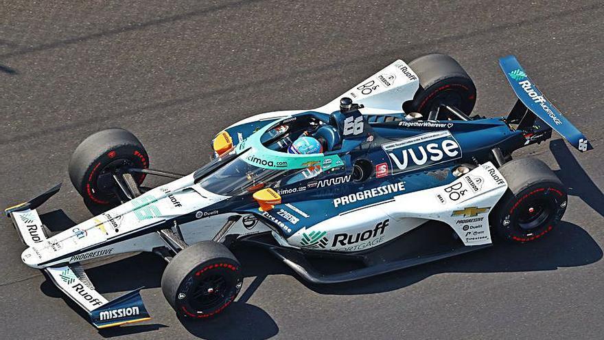 Fernando Alonso, muy lejos del triunfo en Indianápolis