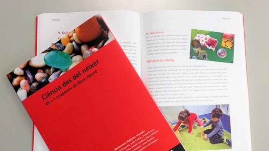 Docents d'UManresa recullen en un llibre 50 propostes per promoure la ciència a les primeres etapes educatives