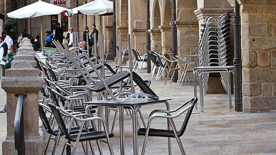 Ourense aún supera los 2.000 trabajadores en ERTE, de los que el 58% son mujeres