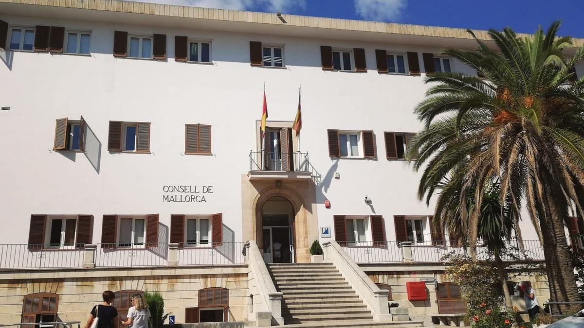 BALEARES.-El Parlamento Europeo pide a Iglesias, Marlaska y Santiago explicaciones sobre las menores abusadas del IMAS
