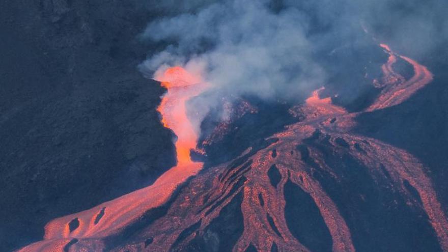 La Palma sufre el mayor terremoto desde la erupción del Cumbre Vieja