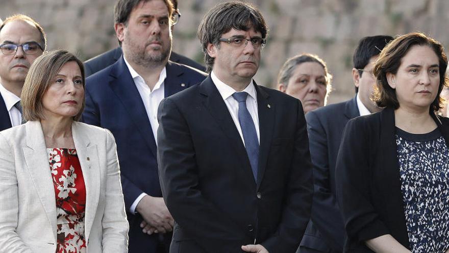 """Ada Colau pide el cese de Pablo Casado porque """"no necesitamos pirómanos"""""""