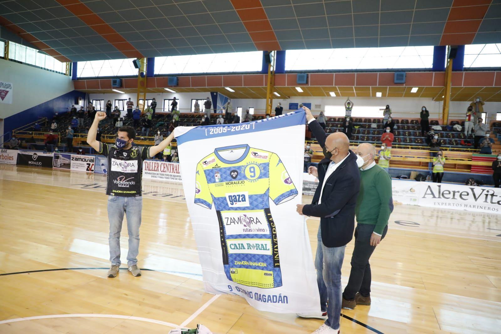 GALERÍA   Octavio Magadán ya es eterno en Zamora: el homenaje en imágenes
