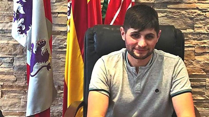 Santiago Morán Matellán, alcalde de Rabanales. | Ch. S