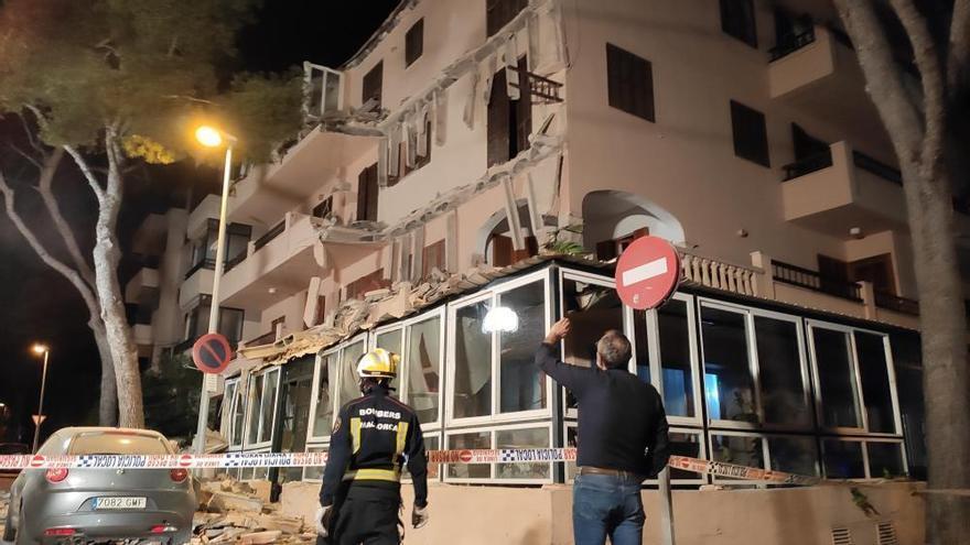 Drei Balkone eines Hauses in Cala Millor eingestürzt