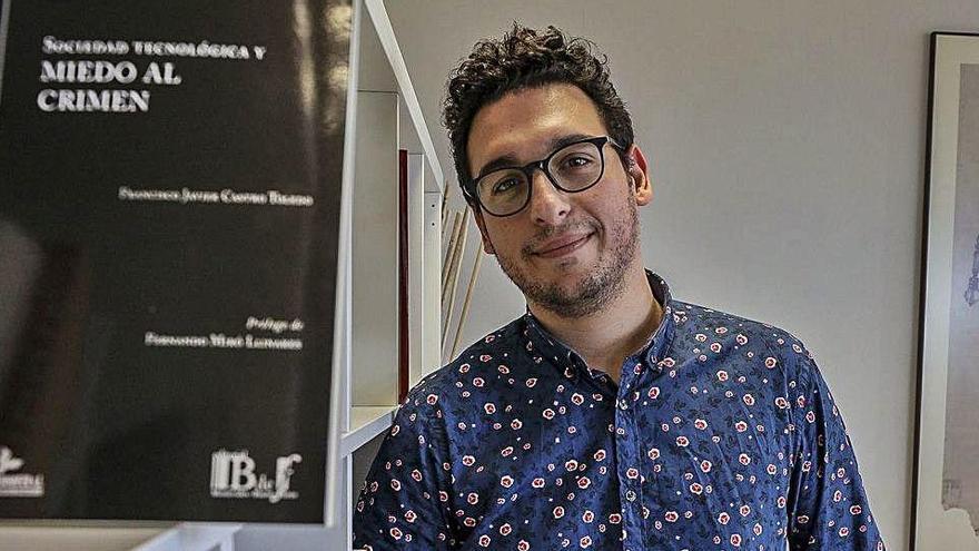 Castro Toledo: «Existe una percepción bajísima del riesgo de contagio pese a los datos»