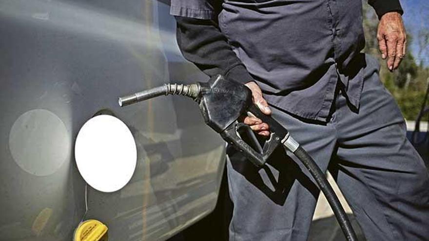 La burbuja de la gasolina que nadie quiere pinchar
