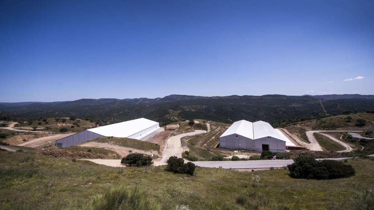 La Junta recibe 8 millones por estar almacén radiactivo de El Cabril en Andalucía.