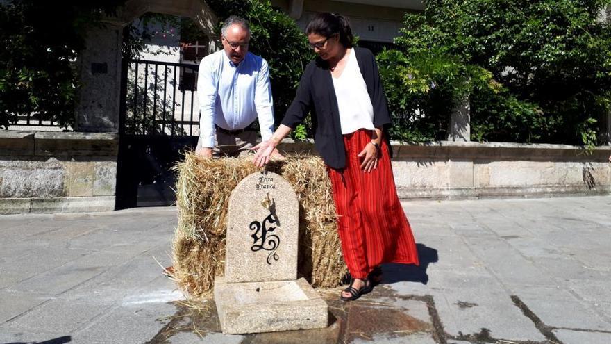 La Feira Franca estrena fuentes de piedra y contará con barcos tradicionales