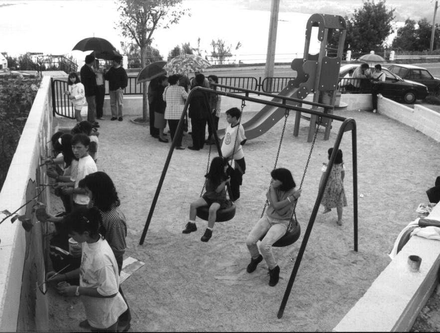 Parque infantil de Fontemaior en Raxo Rafa hijo .jpg