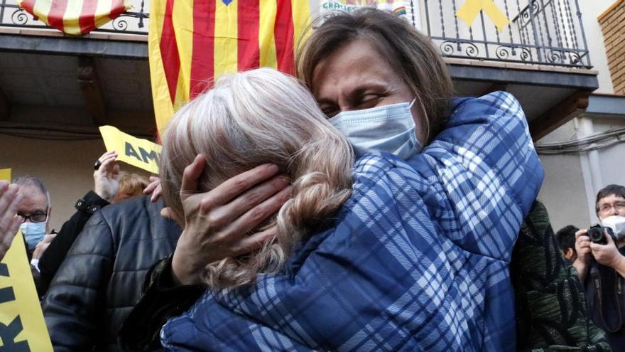 Unes 300 persones reben a Vallfogona de Balaguer a Serret: «No sabeu com de feliç que em fa veure-us»