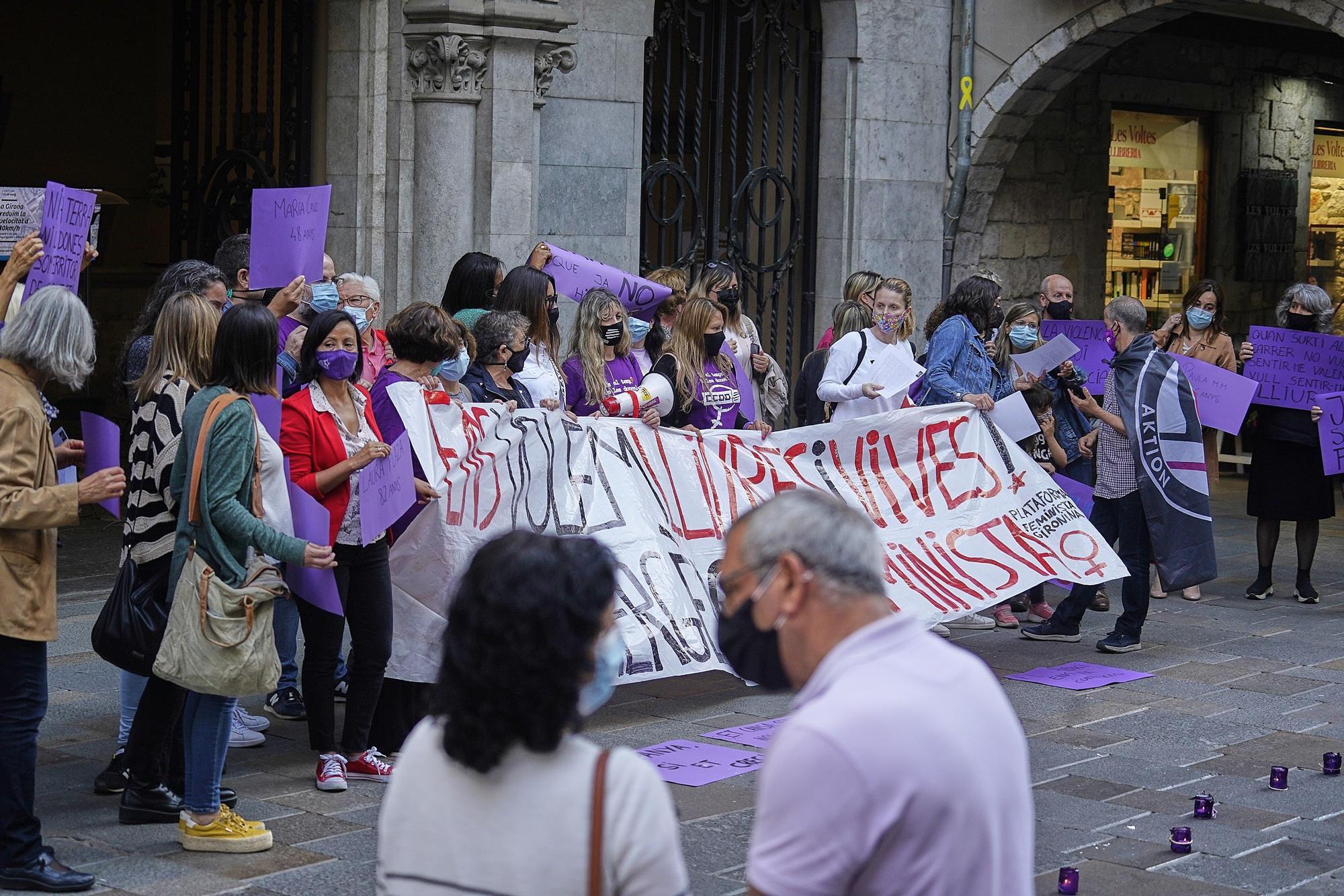 La Plataforma Feminista denuncia els feminicidis