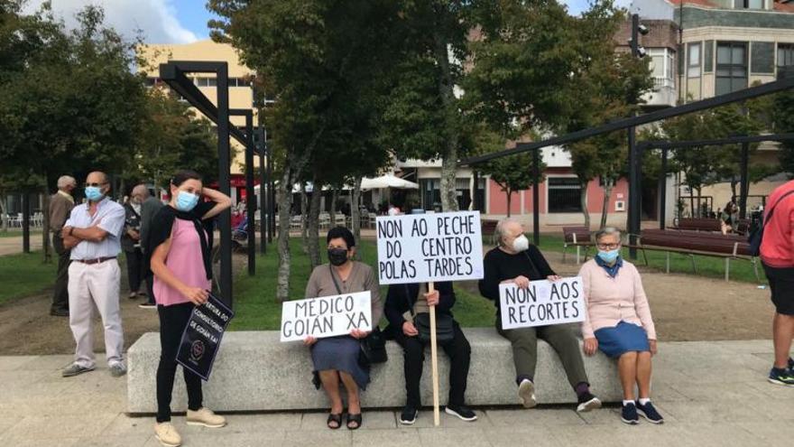 Vecinos de Tomiño recogen más tres mil firmas para pedir mejoras sanitarias