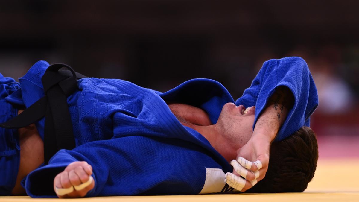 El judoca bielorruso Mikita Svyrid, tras caer eliminado en los Juegos.