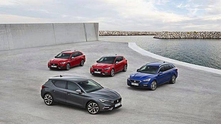 Prueba de coches de última generación y colores diversos