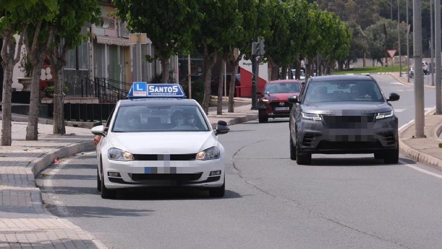 Los jóvenes dan la espalda al coche: los carnés se reducen un 14% el último año en la provincia de Alicante