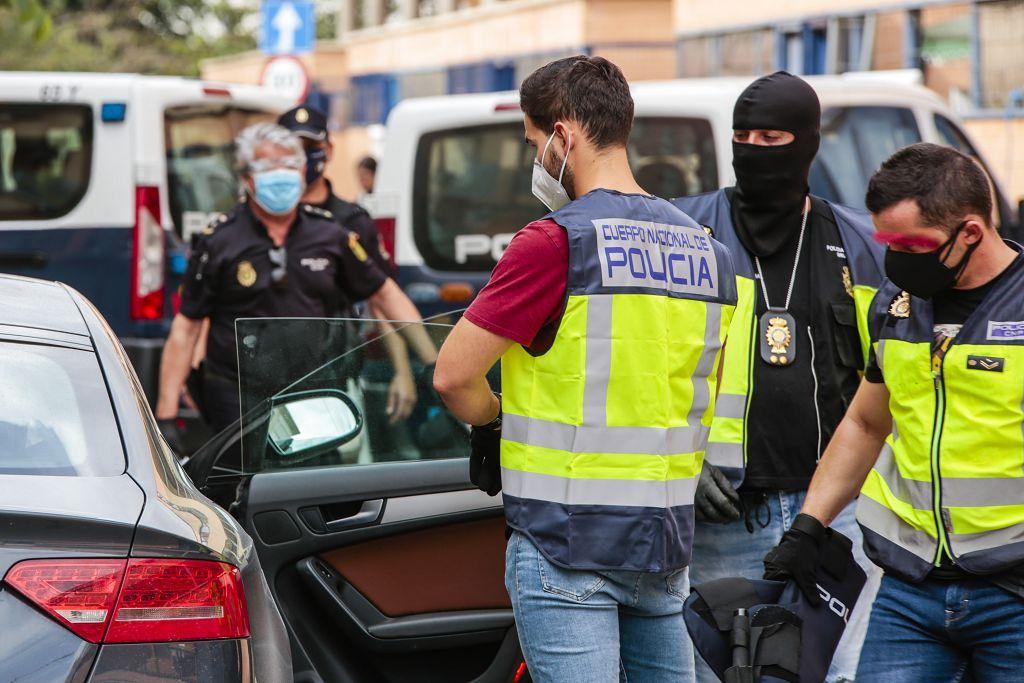 Intervención policial. Menudeo, gallos y tortugas en Ministriles, Lorca-3652.jpg
