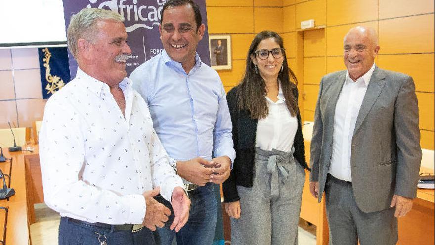 Teresa Fernández de la Vega participa en la nueva edición del foro 'Africagua'