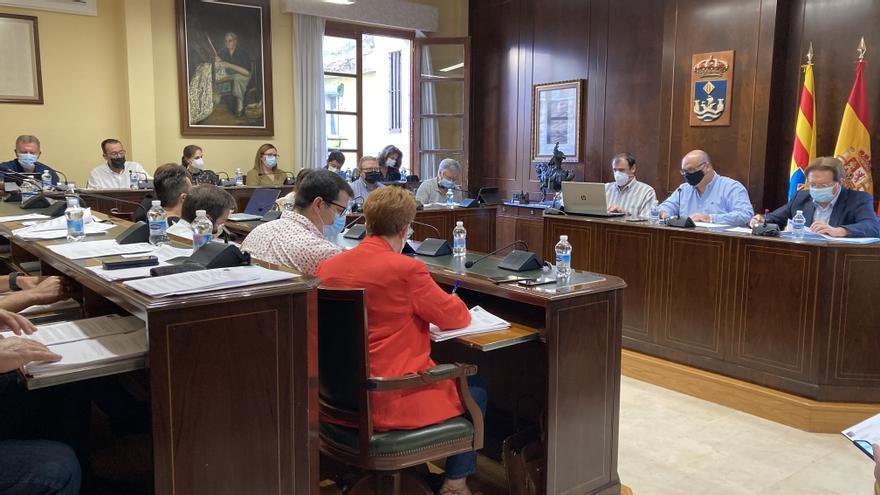 El tripartito de La Vila rechaza las mociones del PP para rebajar tasas municipales