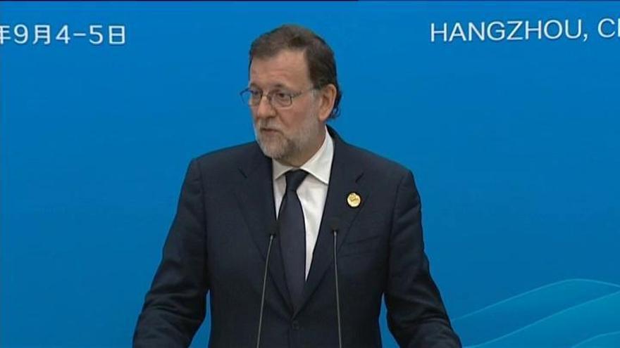 """Rajoy defiende que Soria ha sido elegido"""" en un concurso"""""""