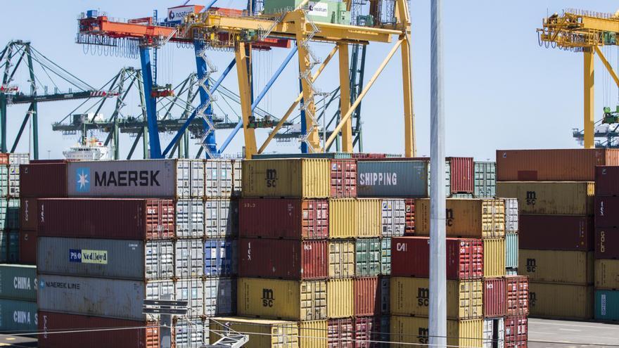 No se debe paralizar la ampliación del puerto