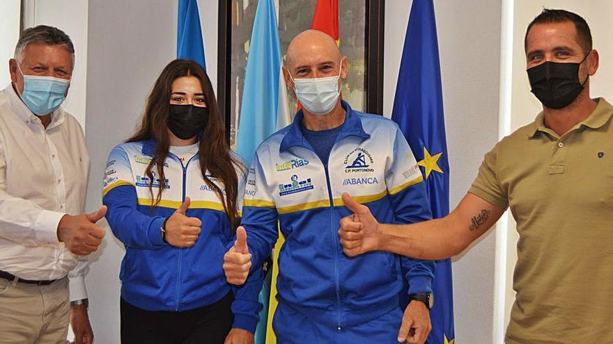 Sara Durán, del Club de Piragüismo de Portonovo, parte hacia el mundial