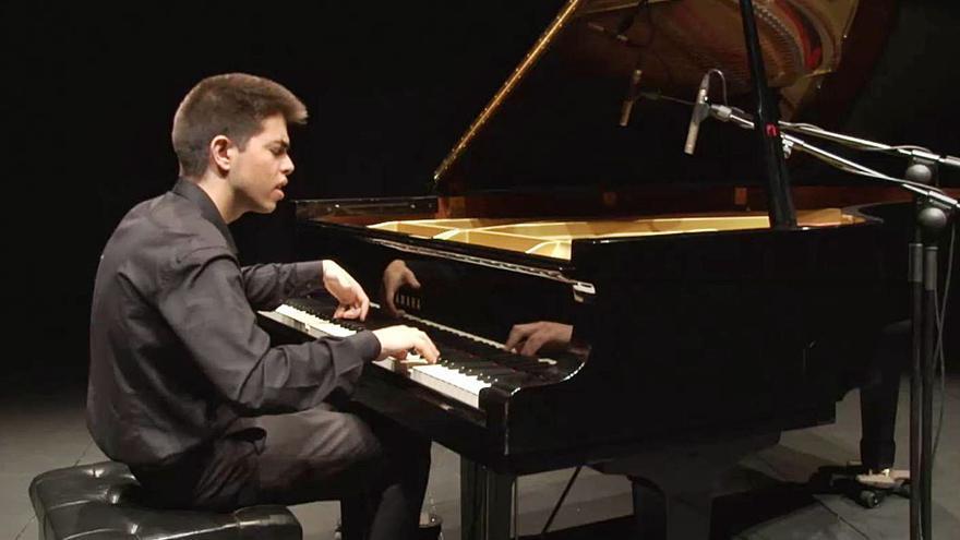 «Es muy importante que si un joven decide ser músico tenga el apoyo de su familia»