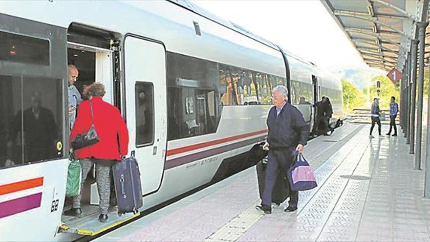 Las obras del tren entre Barracas y Teruel afectan ya a 1.300 personas