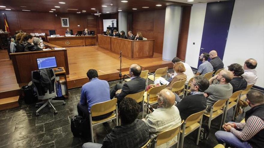 Los vecinos de Cáceres solo apoyan el indulto de un hostelero porque ha pagado las costas