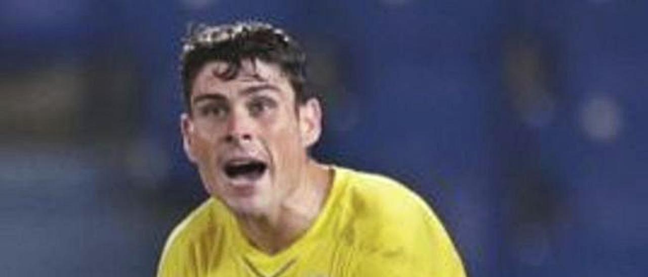 Sergio Ruiz alienta a sus compañeros ante el Leganés.