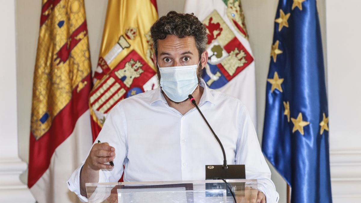 El portavoz del gobierno de Cáceres, Andrés Licerán, ayer durante su comparecencia.