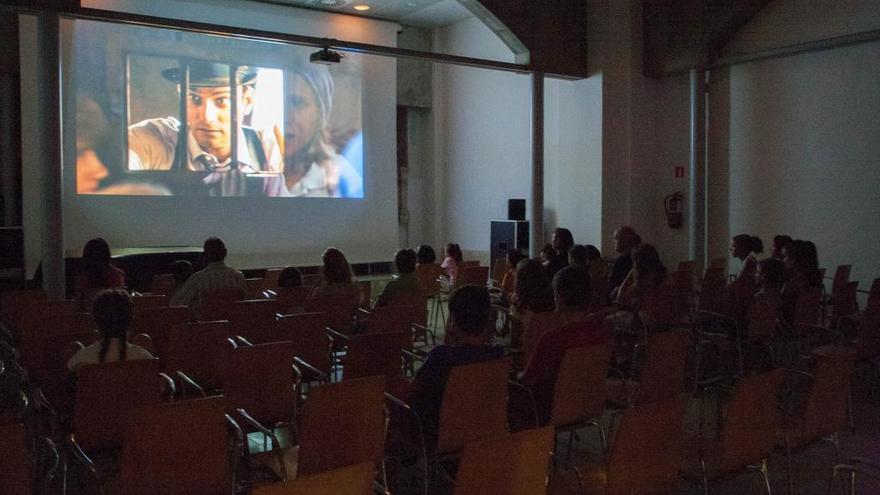 La Biblioteca se une al Día Mundial del Alzhéimer con un ciclo de cine