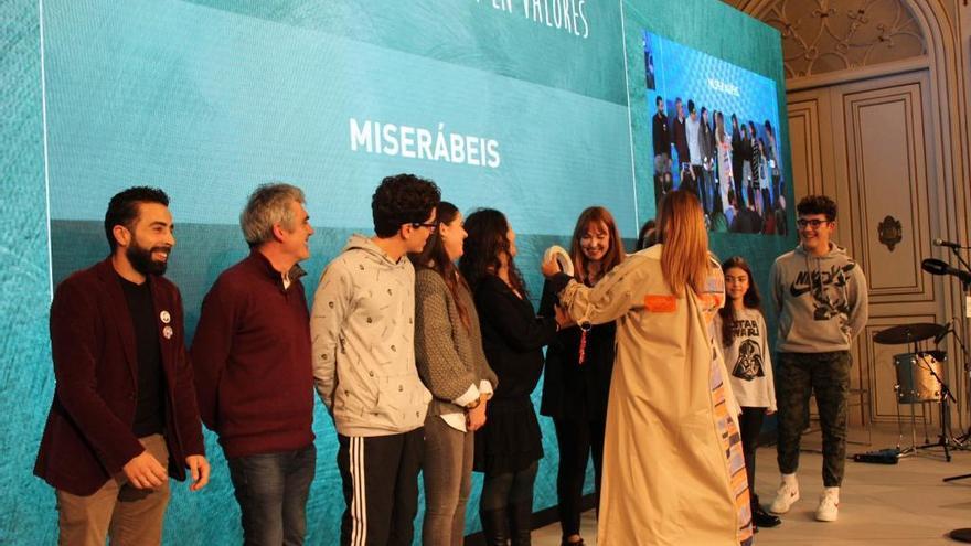 """O musical """"Miserábeis"""" do IES Illa de Ons, premiado pola Deputación"""