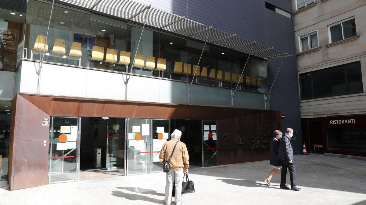 El centro de salud de Rosalía de Castro en Vigo. // José Lores