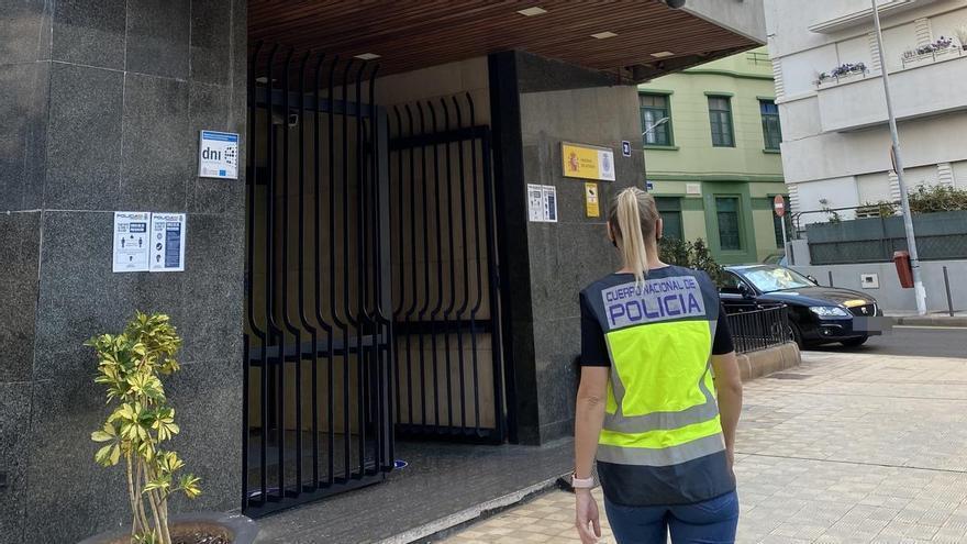 Detenida por robarle más de 40.000 euros a la familia tinerfeña para la que trabajaba