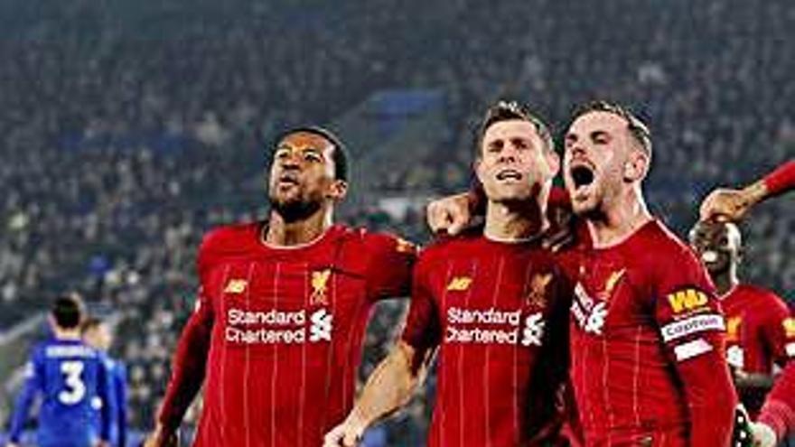El Liverpool golea al Leicester y saborea su 'Boxing Day'