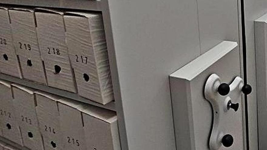 El consistorio moderniza el archivo histórico municipal