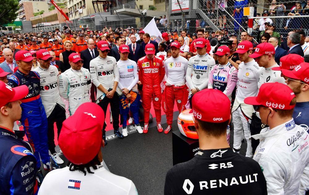 Minuto de silencio por Niki Lauda en Mónaco.